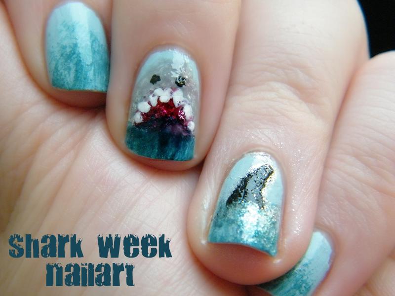 shark week nailart - tea & nail polish #NOTD