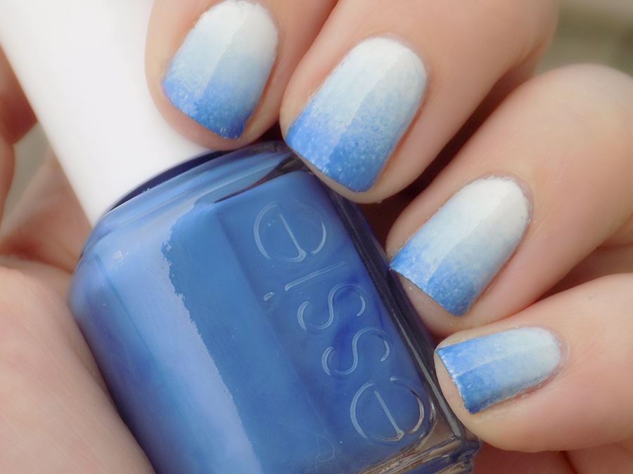 Blue Essie Gradient Nails For WinkDay - Tea & Nail Polish