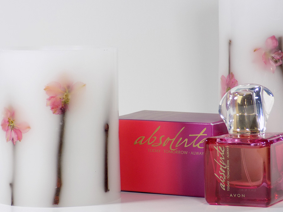 Avon Absolute Perfume with LED candles
