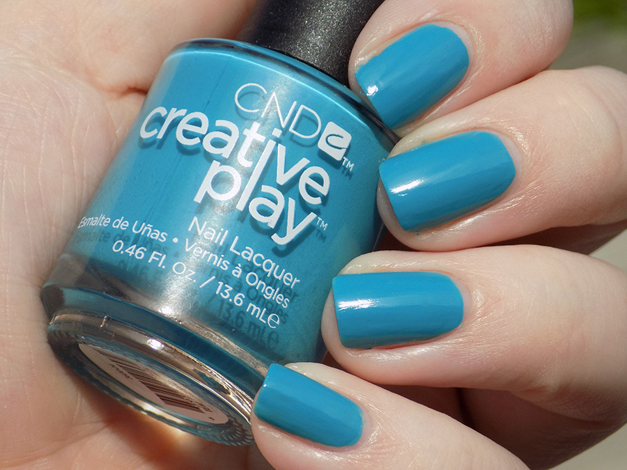 CND Creative Play Teal The Wee Hours from Sunset Bash Collection - Swatch Sunlight