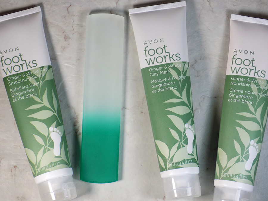 Avon Foot Works Ginger & White Tea Collection and Mont Bleu Foot File Review