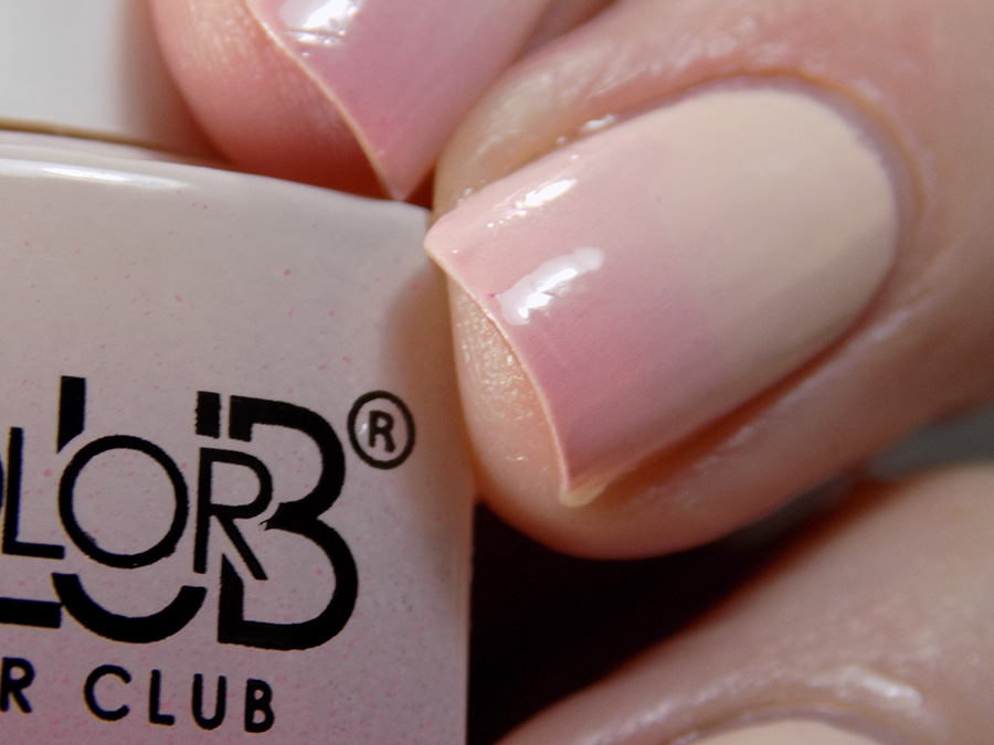 Color Club Mood Changing Polish - Old Soul - Transiition